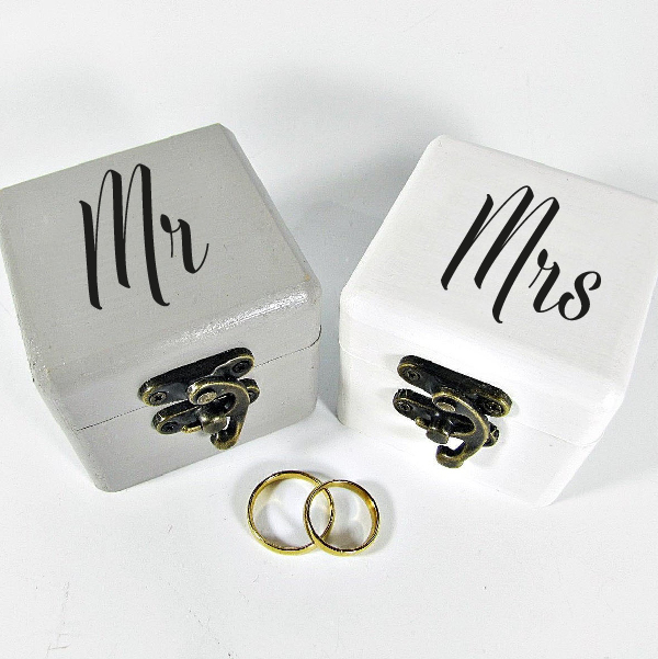 Mr Mrs wedding sticker